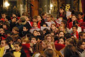 Choeur à coeur : 600 voix pour un Noël solidaire