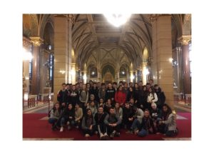 Des lycéens de St Alyre à la découverte de Budapest