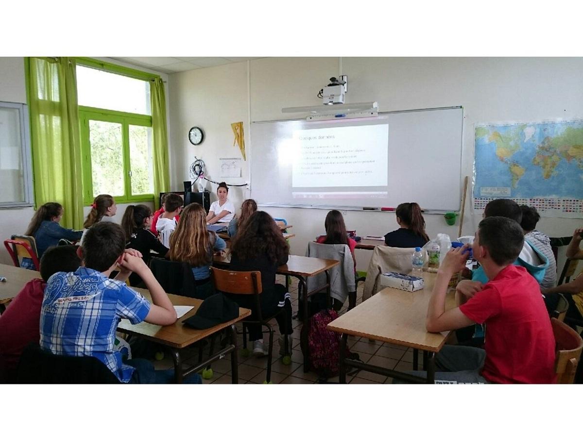 Intervention d'une étudiante infirmière de l'ISFI de Vichy à Maringues