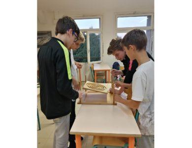Soirée jeux à l'internat avec La Maison des jeux – Collège Orcines