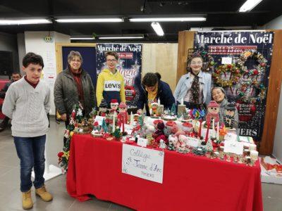 Sur le marché de Noël – collège Thiers