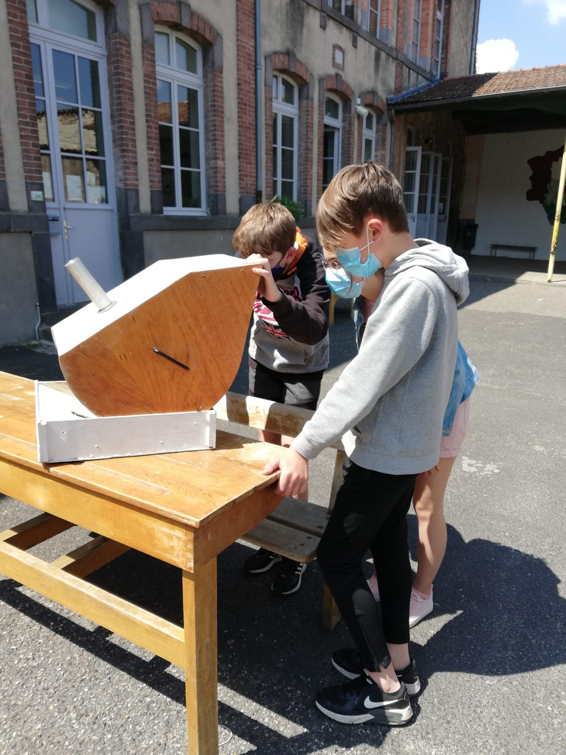 Astronomes en herbe au collège Notre Dame de Billom